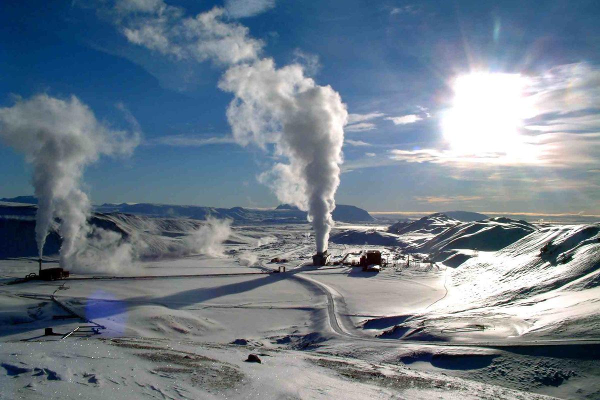 Maschinenraum des Internets ++ Geothermalkraftwerk Krafla